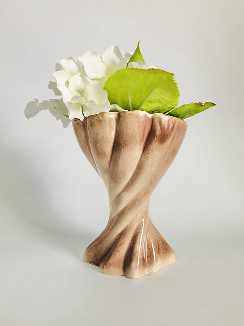 Vintage 1940s American Gonder Mauve Twist Vase