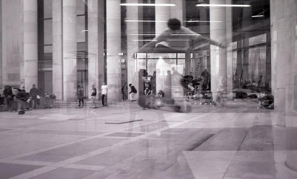 Skater at the Palais de Tokyo