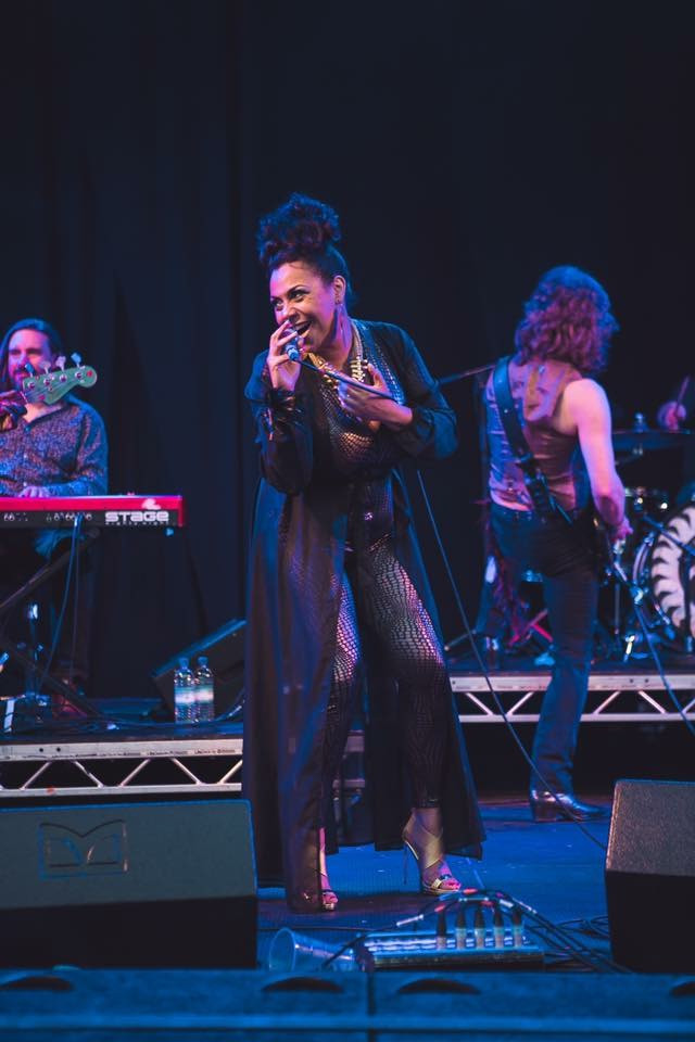 Sulene with The Brand New Heavies