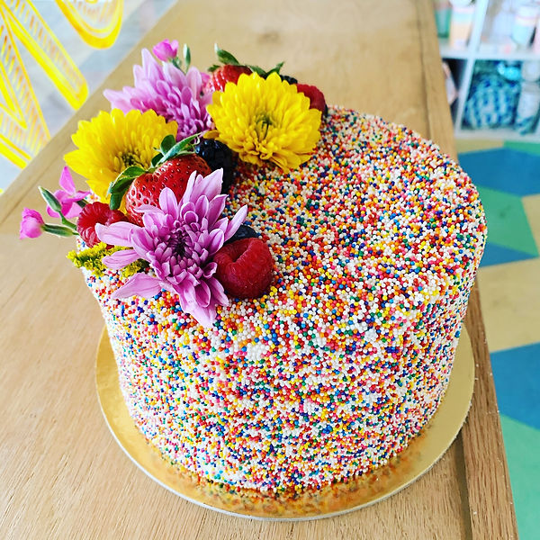 Sprinkle Cake with Flowers