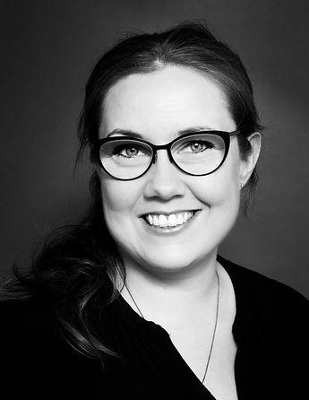Eva Björg Harðardóttir leikmyndar- og bú