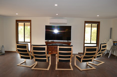 Woodlands Room Conference Area and TV