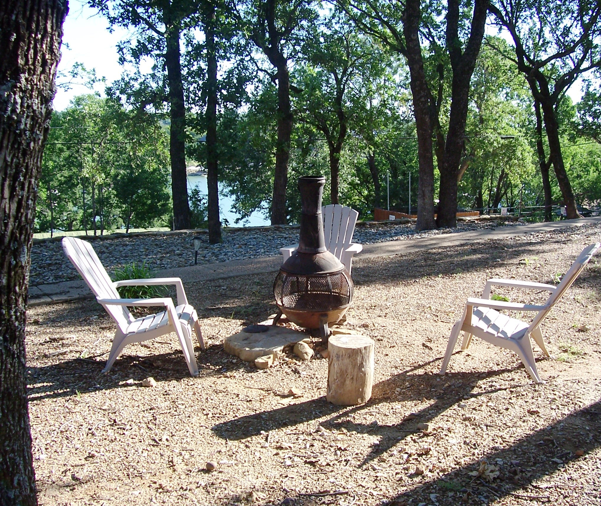 Firepit and BBQ area