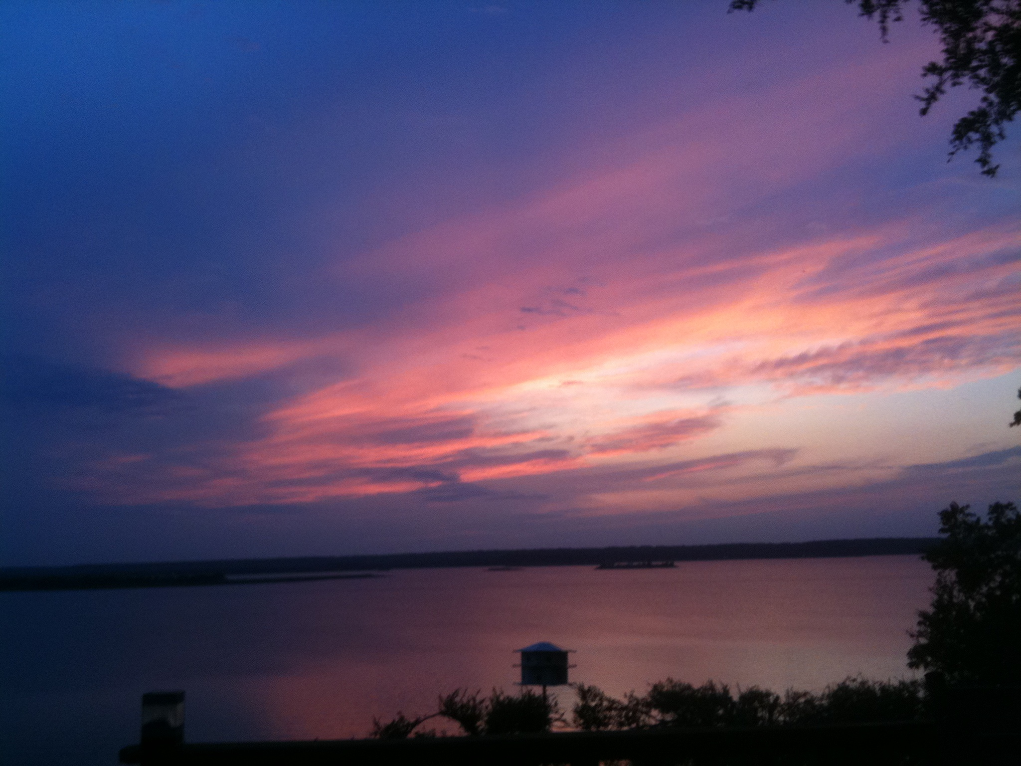 Sunset across Lake Bridgeport