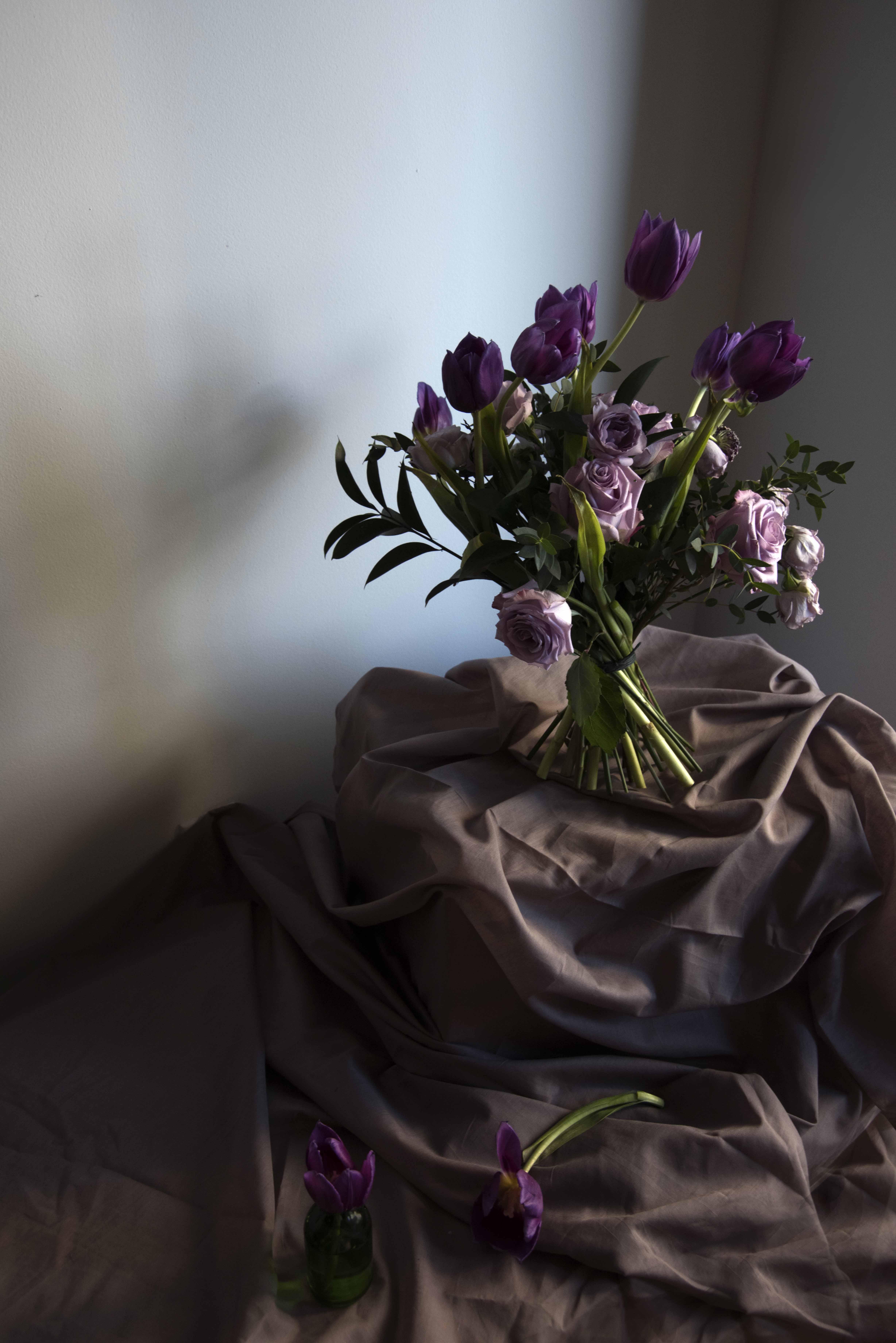 Floral arrangement by Ooldouz Alaei