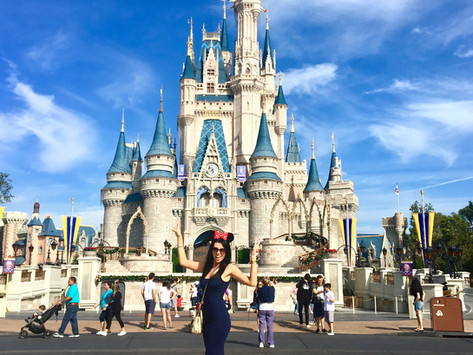 A day at the Happiest Place on Earth - Magic Kingdom   Disney World