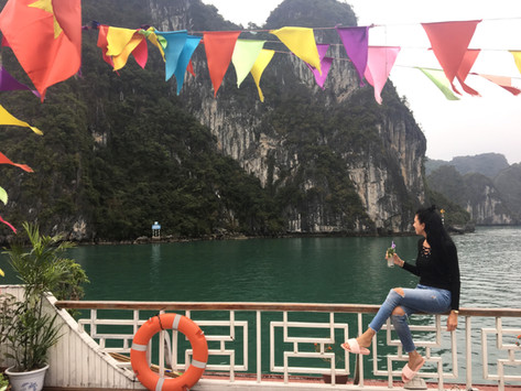 Halong Bay Cruise - an experience I don't recommend
