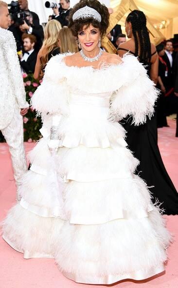 Joan Collins in Valentino