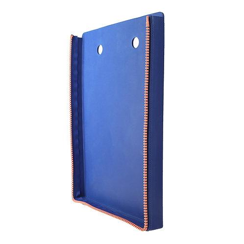NIO in Dark Blue (Back)