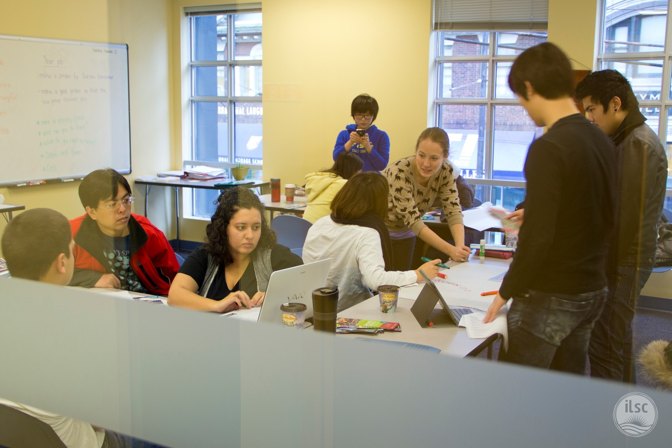 -agentsite-photo-list-ILSC-Vancouver-06_Classroom_04