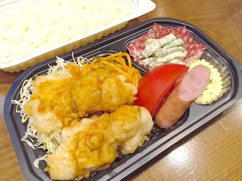 10月31日(木)タルだくっ!チキン南蛮弁当