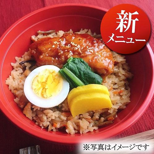 11月8日(金)あさりたっぷり!深川飯と鶏照り焼き丼(みそ汁付)