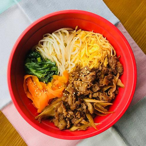 12月18日(水)野菜たっぷり!牛ごぼうビビンバ丼(みそ汁付)