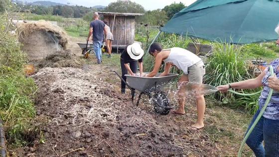Préparation du compostage...