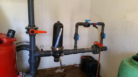 Installation d'un système venturi pour unjection dans le circuit d'irrigation de l'exploitation