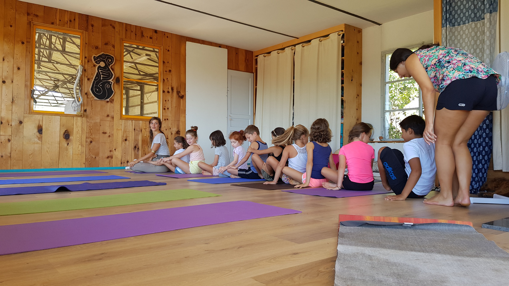 Ludique et créatif, action Yoga!...
