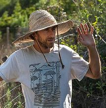 Fabien TournanEntrepreneur en permaculture, acteur de terrain, spécialiste en transition écologique,éducation, autonomie alimentaire et régénération des sols