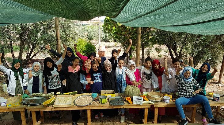 Production de semences en milieu scolaire, graine, ecole permaculture design, semence, regeneration des sols, regeneration vegetale, autonomie alimentaire