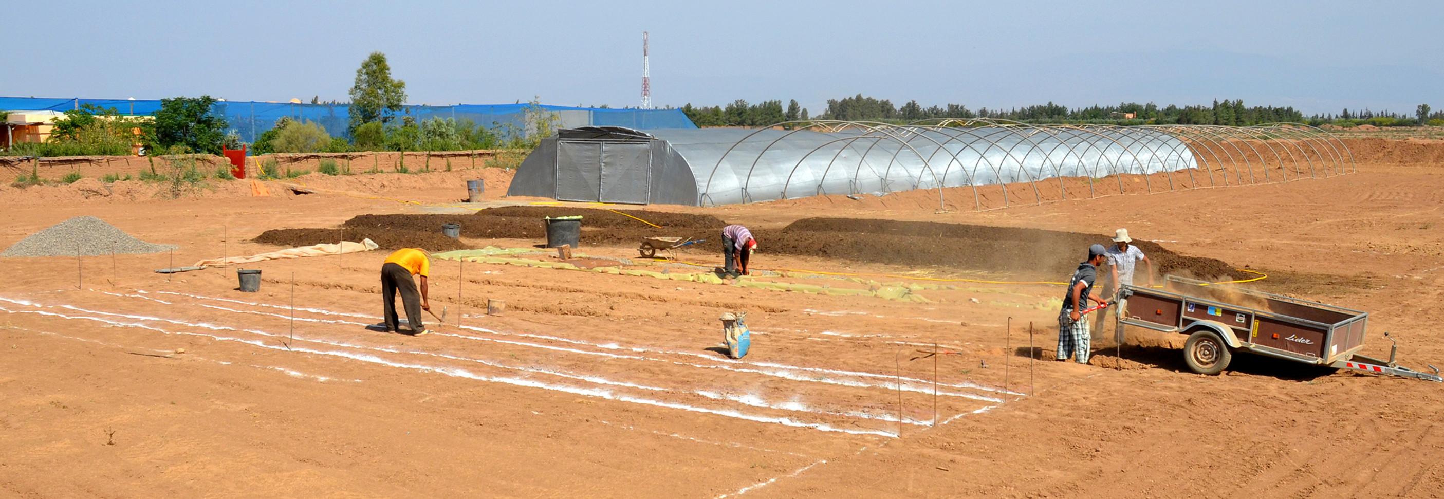 préparation des drains de la zone de pré-compostage...