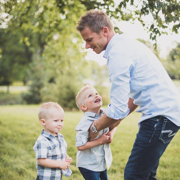 lifestyle family photos.jpg