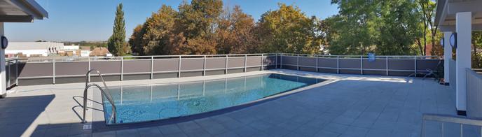 Pool am Dach