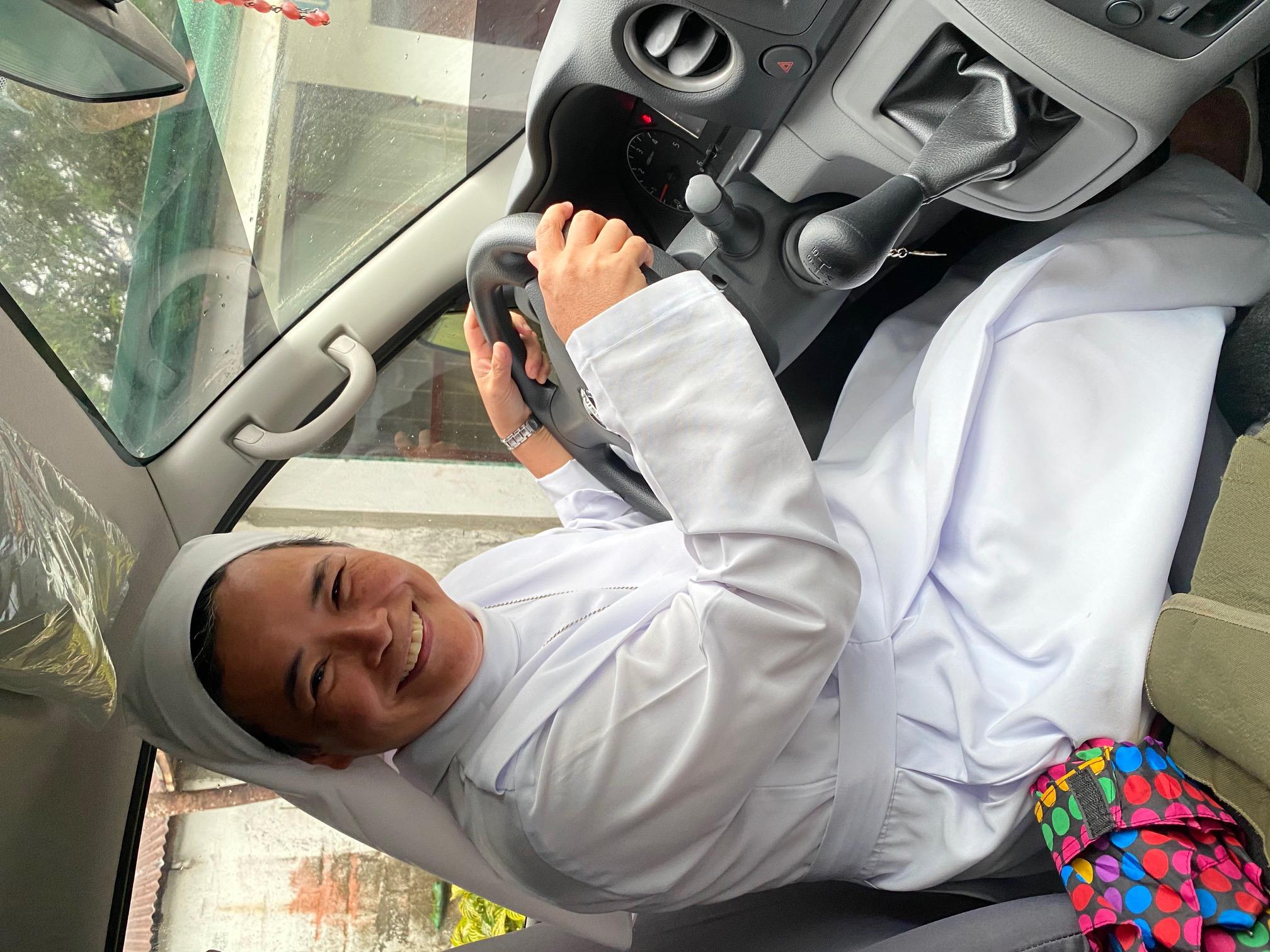 SSV Van Sr. Rubi driving