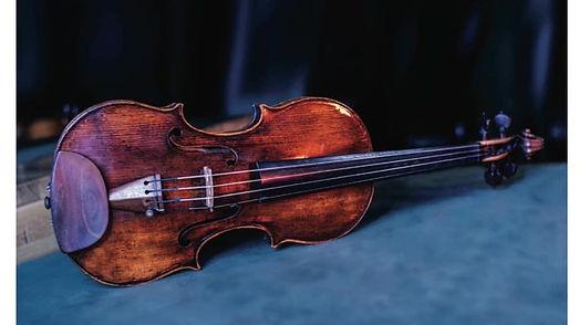 violon rouge.jpg