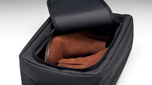 Shoe bag/Utility bag with handle in Black