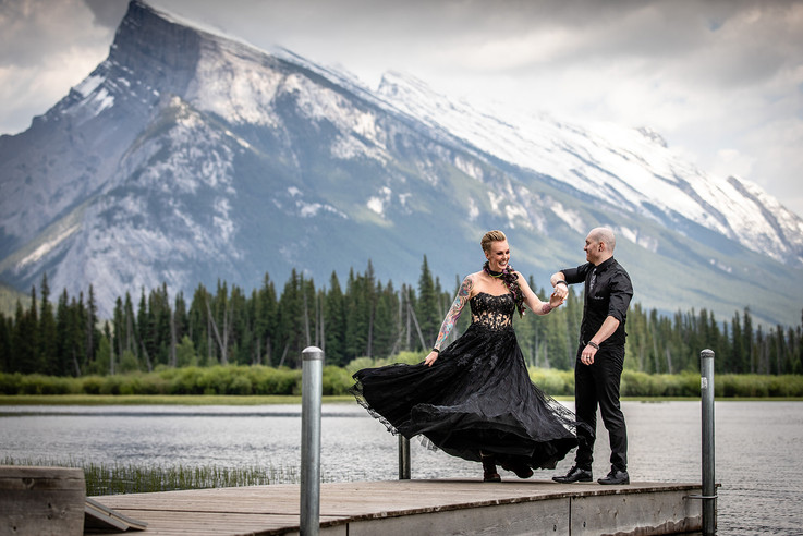 Banff National Park Vermilion lakes elopement with bride and groom. With Mount Rundle in the background