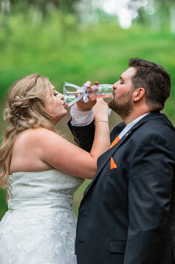 bride and groom, champagne, toast