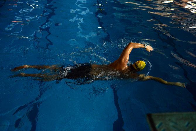 游泳,聽得懂也做得到的關鍵? --人到底在游泳時是怎麼移動的?