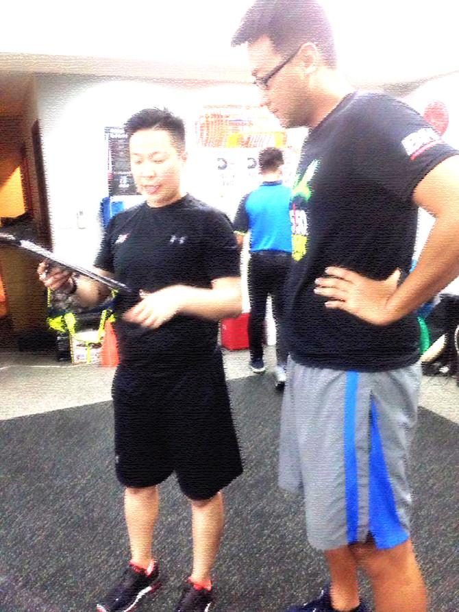 【燿宇教練X應諾吉游泳肌力改造計畫】02 中軸穩定度訓練開始。