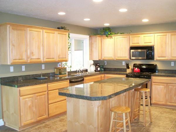 2a Kitchen closer new paint.jpg