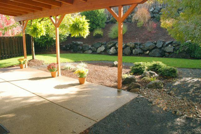 20 Backyard From Patio Corner.jpg