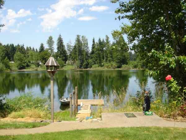 2 Dock, Golf & Lake-sml.jpg