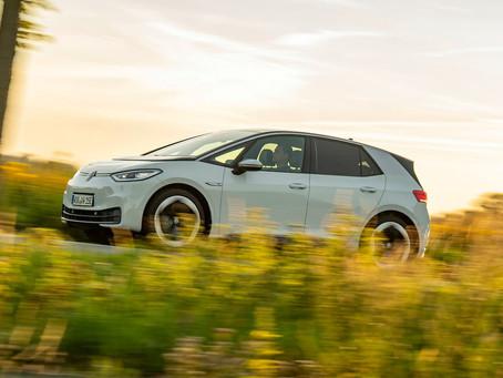 """A Europa abriu os portões para os elétricos: 23% dos carros vendidos em Dezembro eram """"plugins"""" !"""