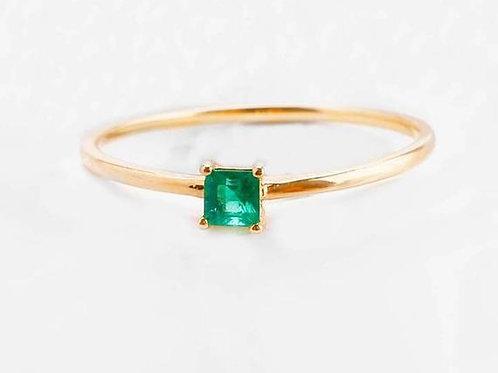 Studiodragonfly19 Gem Memorial Ash 14k Yellow Gold Emerald Ring Cremation Ring