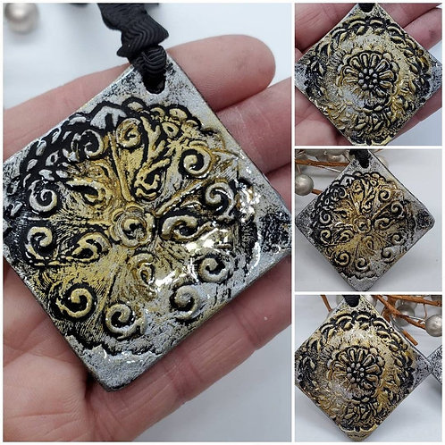 Cremation Memorial Ash Ornate Holiday Ornament/Essential Oil Ornament