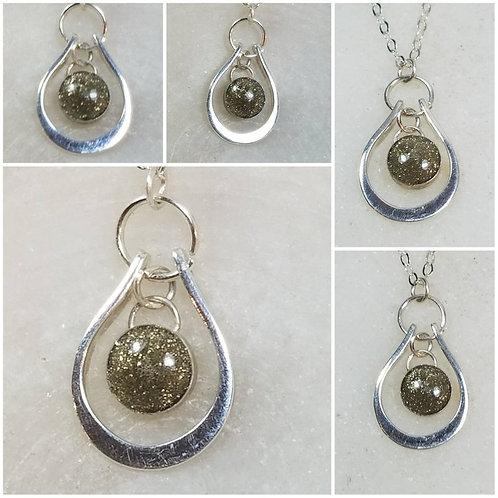 Memorial Ash Sterling Silver Horseshoe Round Bezel Pendant Necklace/Cremation Pe