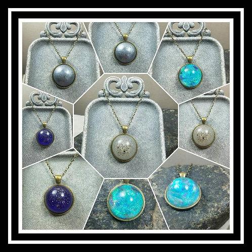 Round Bronze Memorial Ash Pendant/Memorial Ash Jewelry/ Pet Memorial Ash Pendant