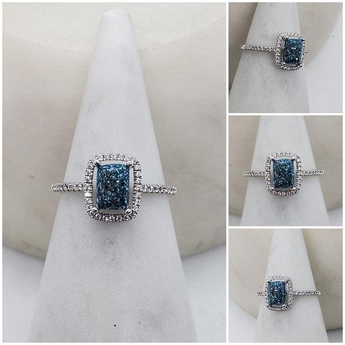 Memorial Ash Solitare Emerald 10kt White Gold Diamond Cremation Ring