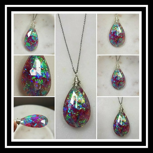 Memorial Ash Wire Wrapped Crystal Pendant Necklace/Cremation Pendant/Pet Memoria