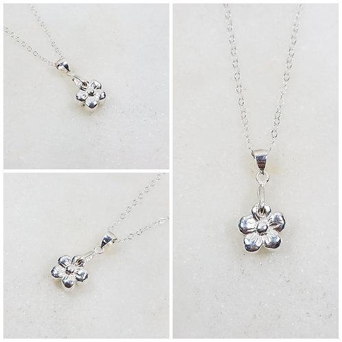 Memorial Ash Pure Silver Flower Pendant Necklace