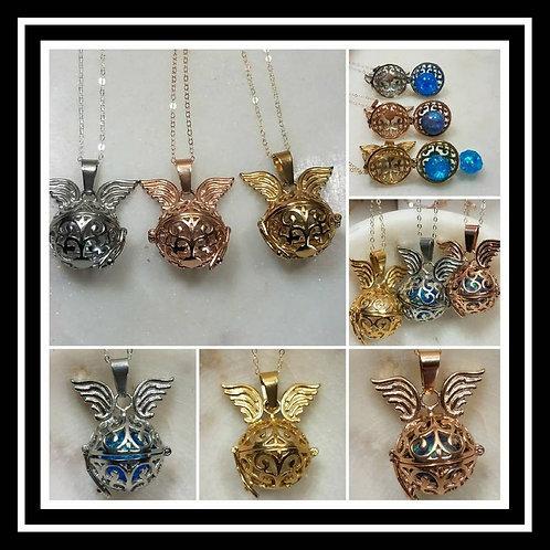 Memorial Ash Round Angel Winged Locket Pendant Necklace/Cremation Pendant/Pet Me