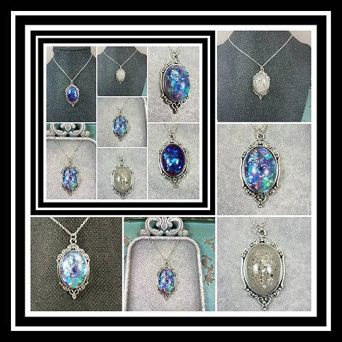 Memorial Ash Oval Vintage Necklace/Cremation Pendant/ Pet Memorial Jewelry/ Memo