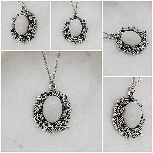 Memorial Ash Concrete Stone Leaf Necklace/Cremation Necklace/Pet Memorial