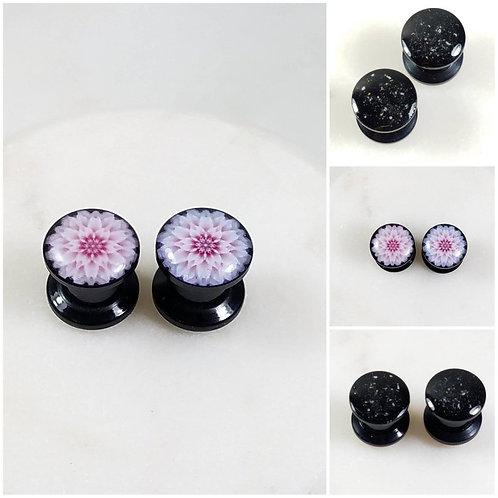 Cremation Memorial Ash Flower Tunnle Ear Plugs Piercing/Memorial Jewelry/Pet Mem