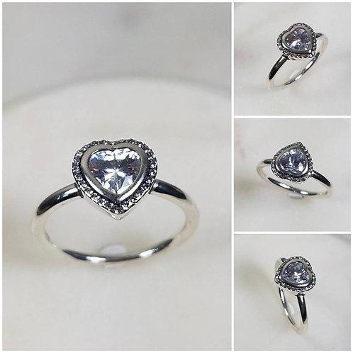 Studiodragonfly19 Cremation Heart Sterling Silver CZ Stone Ring/ Memorial Ash Je