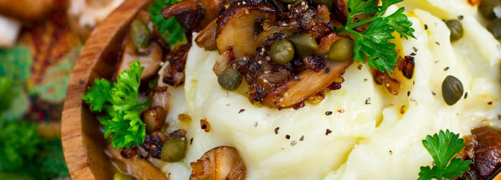 lentils and mushroom stew on mash potato