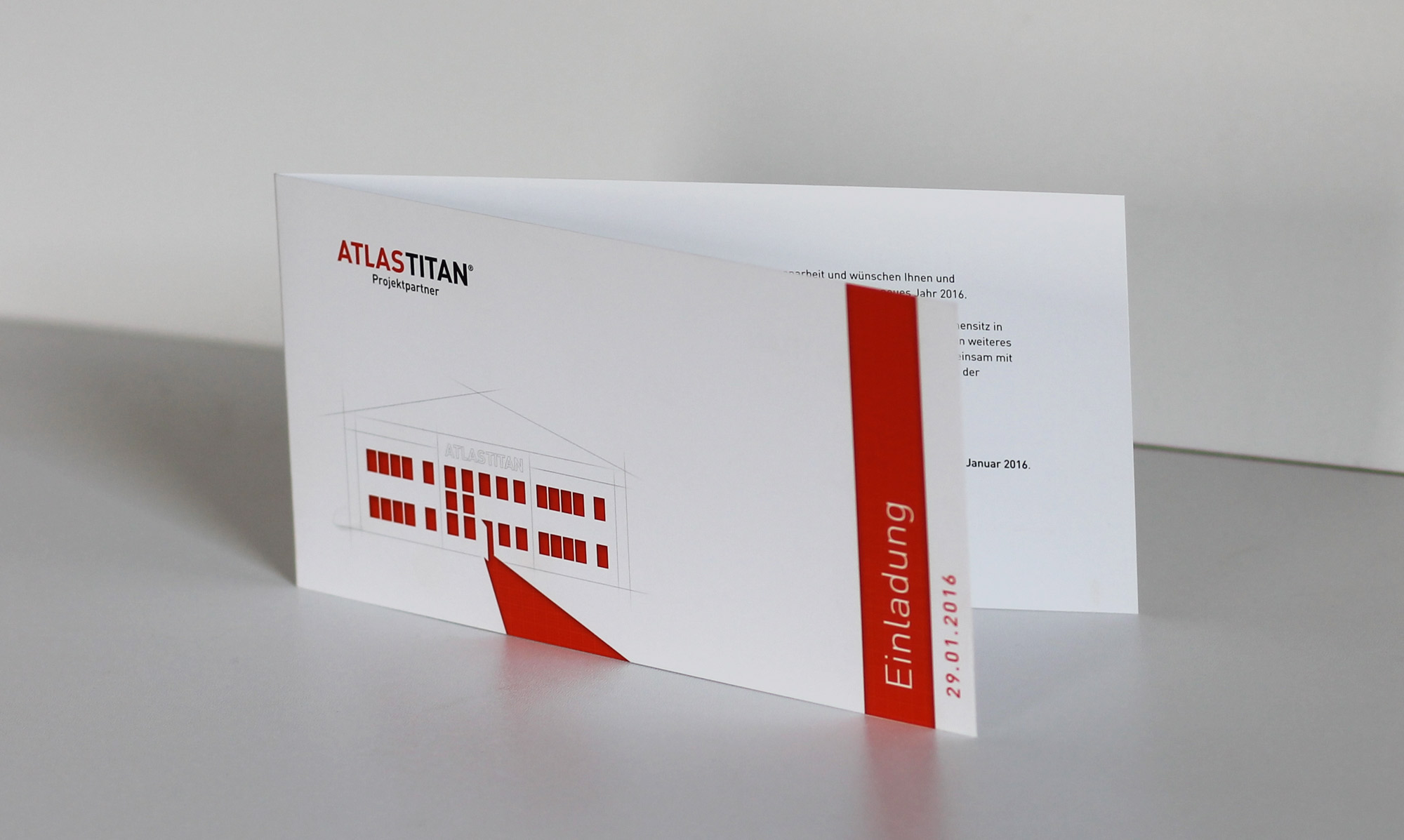 atlastitan1